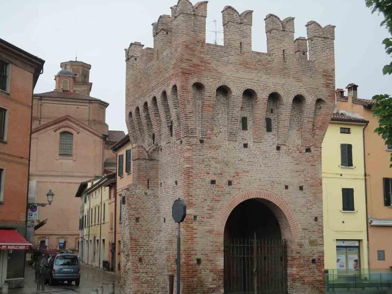Tra citt mare arte e buona tavola sull antica via - Porta montanara imola ...